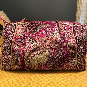 Vera Bradley large duffel bag